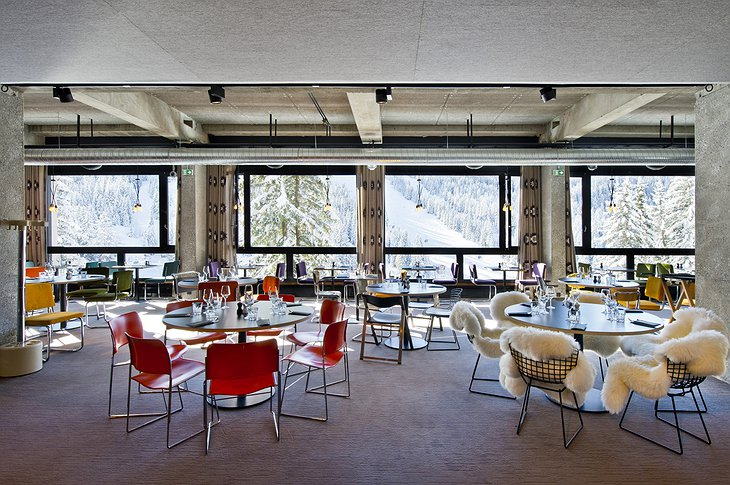 Totem Flaine Hotel restaurant with ski slope view