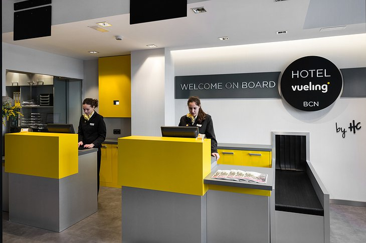 Hotel Vueling BCN reception