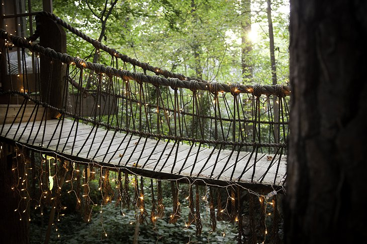 Secluded Intown Treehouse rope-bridge