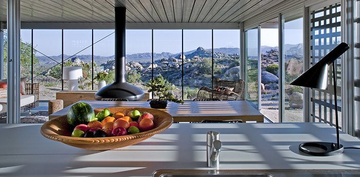Off-grid itHouse - Eco-Friendly Living In The Morongo Valley