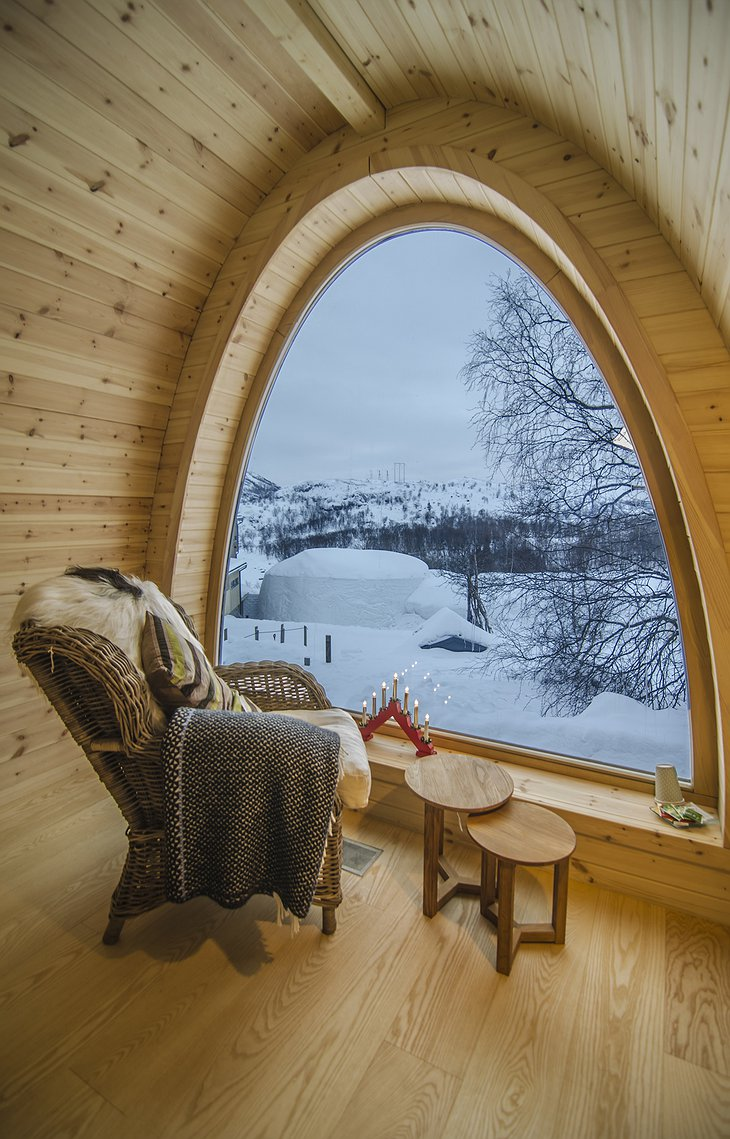 Gamme wooden cabin window nature views