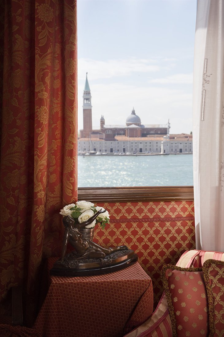 Hotel Metropole room with view on Venice