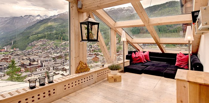 The Heinz Julen Penthouse - Luxury Chalet In Zermatt
