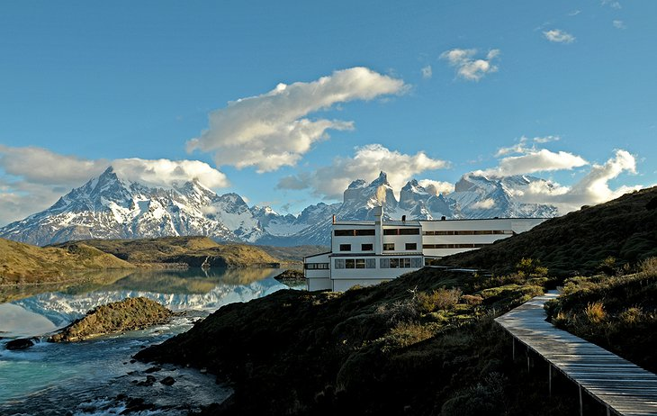 Hotel Salto Chico Explora Patagonia and the Andes in the background