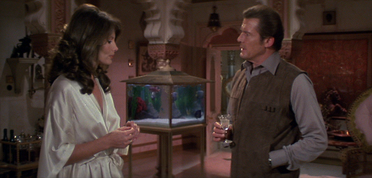 Roger Moore, Maud Adams in the palace