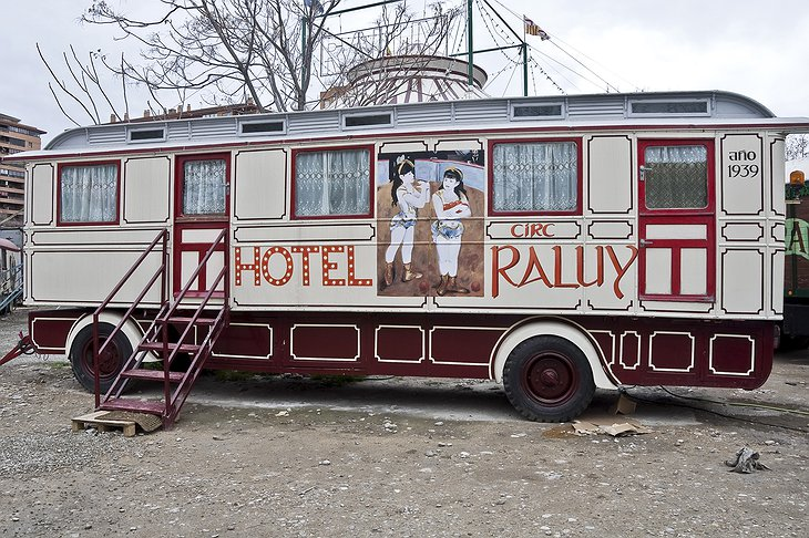Hotel Raluy carriage