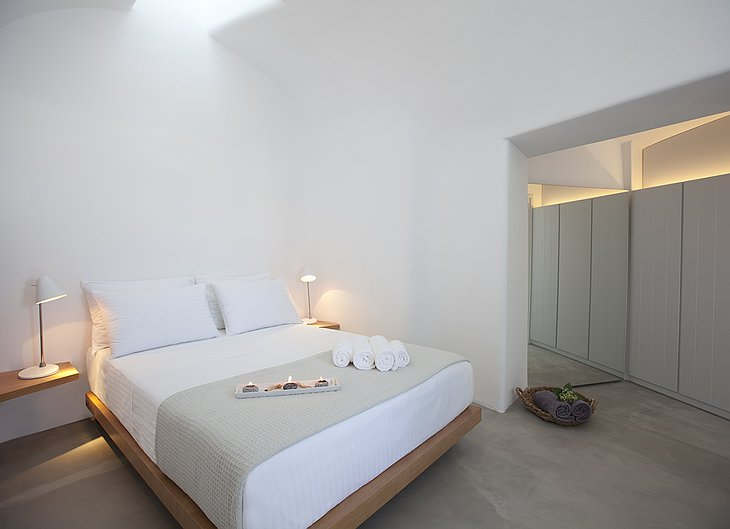 Anemolia Villa bedroom