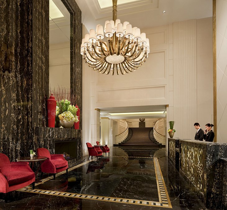 The Peninsula Shanghai front desk
