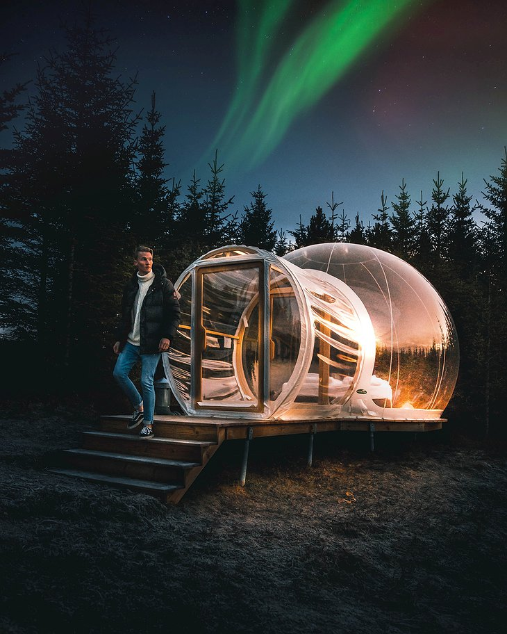Aurora above the Bubble Accommodation
