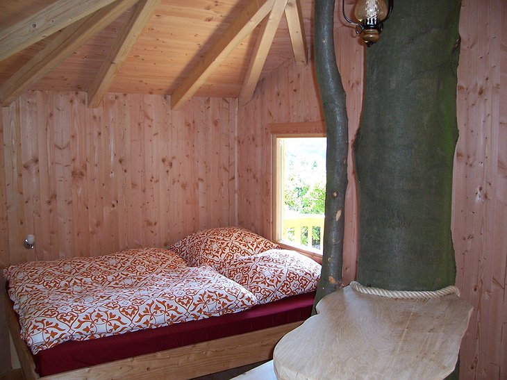 Baumhaushotel Solling treehouse bedroom