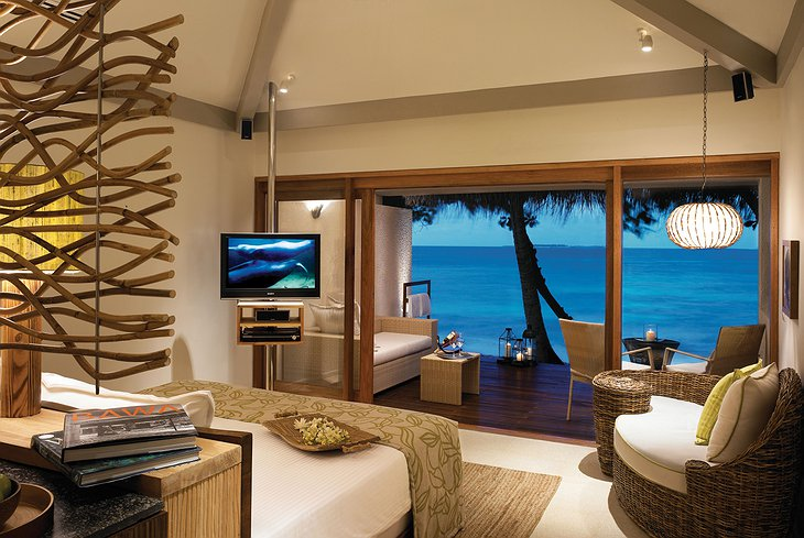 Vivanta By Taj - Coral Reef beach villa