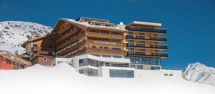 Hotel Schöne Aussicht building at above 2000 meters in the Alps
