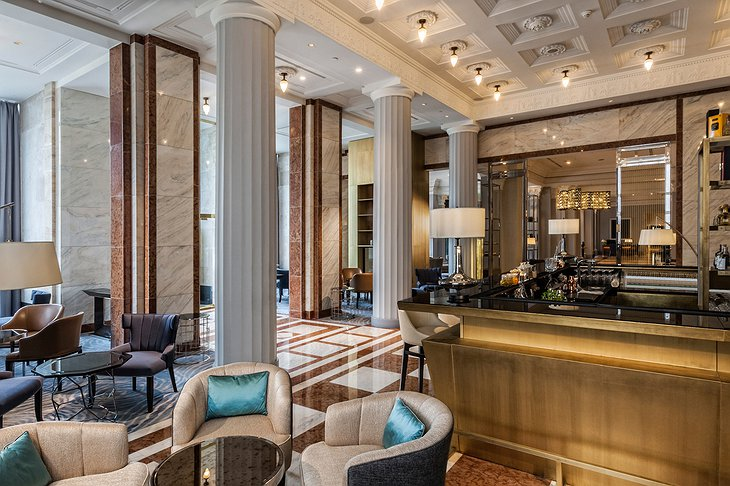 The Ritz-Carlton Hotel Budapest Kupola Bar