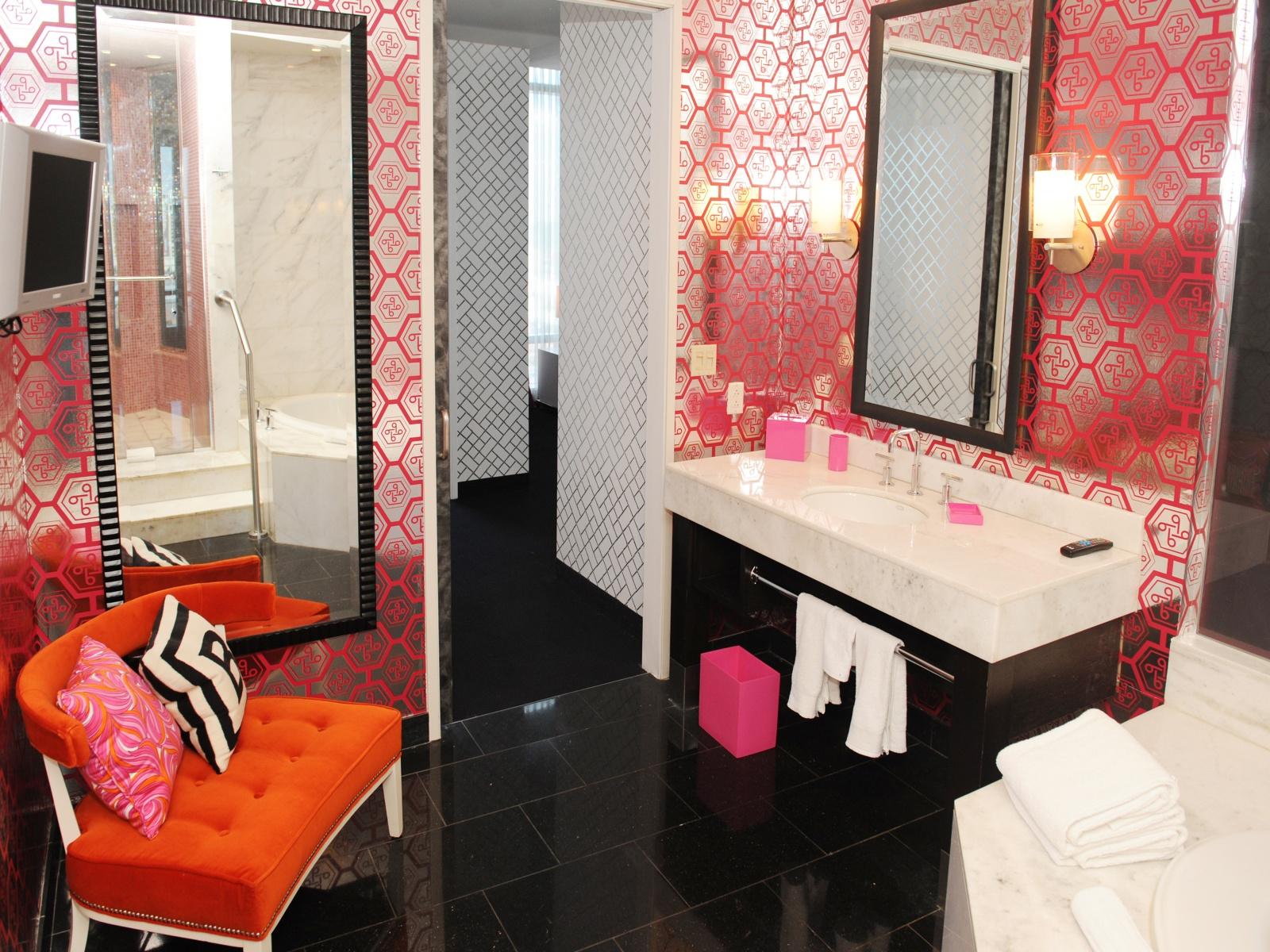 Palms casino resort las vegas for Hotel barbie