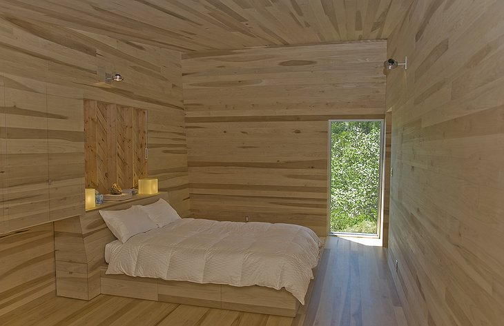 Sliding House bedroom