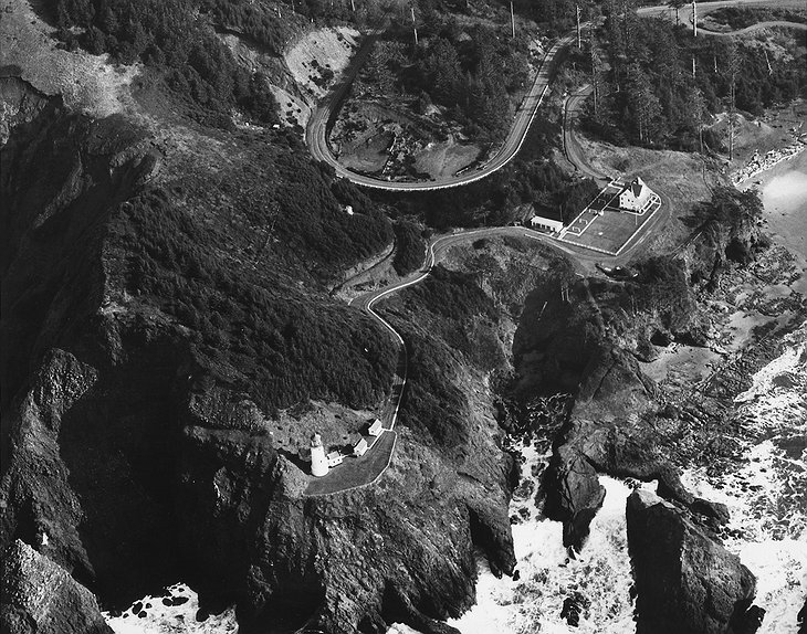 Heceta Head Lighthouse in 1954