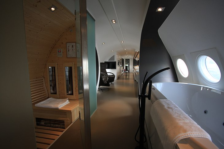 Airplane Suite bathroom and sauna